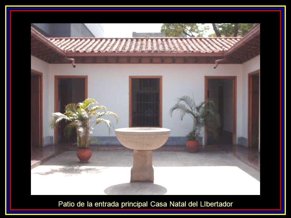 Fachada Casa Natal del Libertador