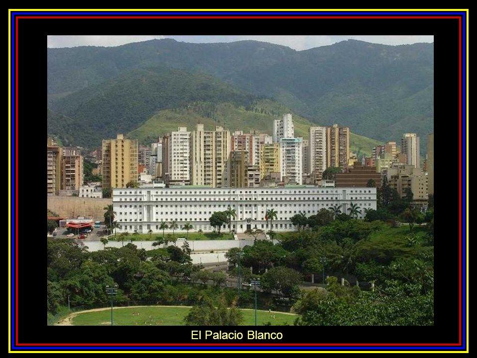 Salón de los Embajadores Palacio de Miraflores Patio Central del Palacio