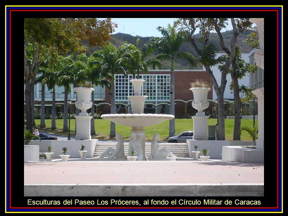 Monumento a Los Precursores. Paseo Los Próceres