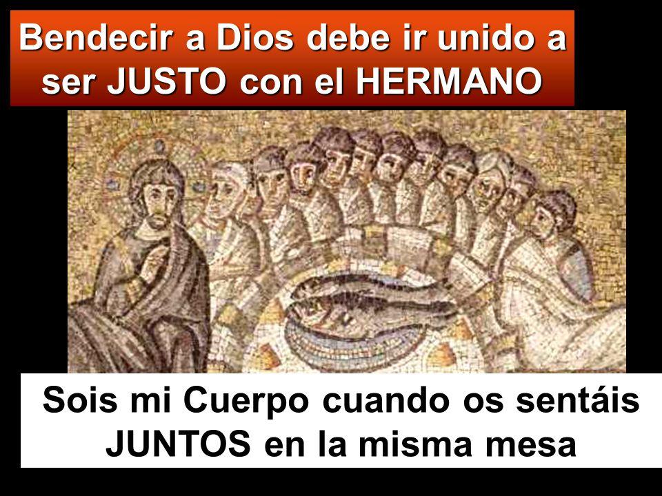Él, tomando los cinco panes y los dos peces, alzó la mirada al cielo, pronunció la bendición sobre ellos, los partió y se los dio a los discípulos para que se los sirvieran a la gente.