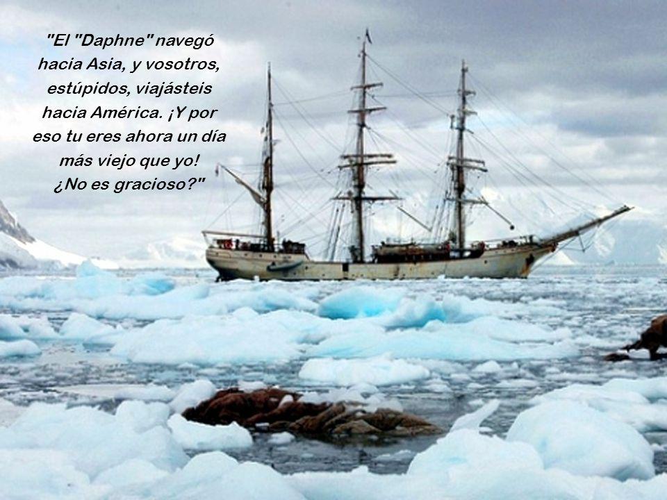 www.vitanoblepowerpoints.net Medianoche del sábado, aquí en el barco, y medianoche del viernes en la isla. Sí viajas de América a Asia, pierdes un día