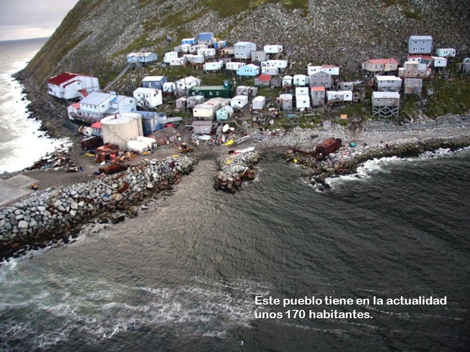 www.vitanoblepowerpoints.net Al finalizar la 2ª Guerra Mundial, todos los nativos de la isla rusa fueron trasladados al continente, y el archipiélago