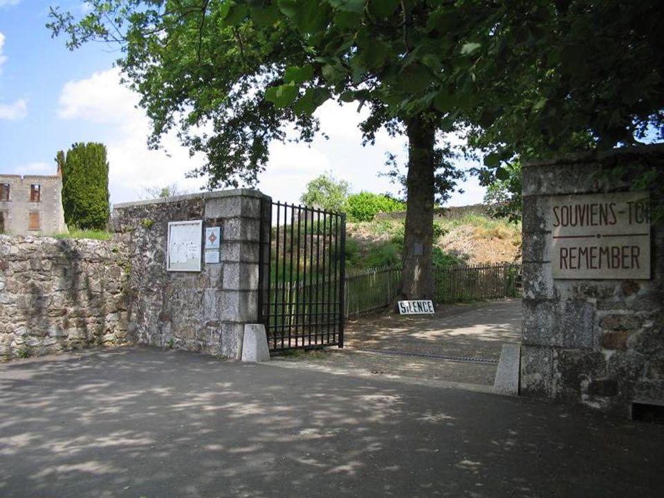 En la mañana del 10 de junio de 1944, los tanques de soldados alemanes llegaron a Oradour-sur-Glane.