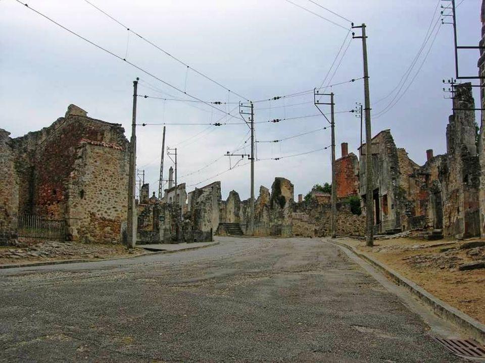 Después de la guerra, el general de Gaulle decidió que la aldea no fuese reconstruida, para que se convierta en memoria al dolor de Francia durante la ocupación.