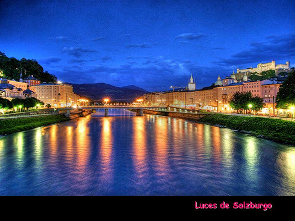 Otra edición y reproducción de... www.vitanoblepowerpoints.net Calles de Salzburgo