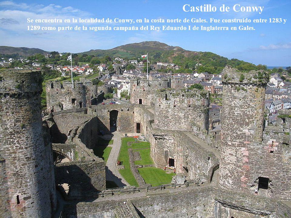 Ciudad vieja de Edimburgo Ha conservado su planta medieval y muchos edificios de la época de la reforma.