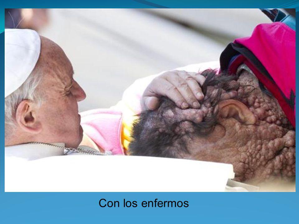 Al hombre ciego: Soy el papa Francisco