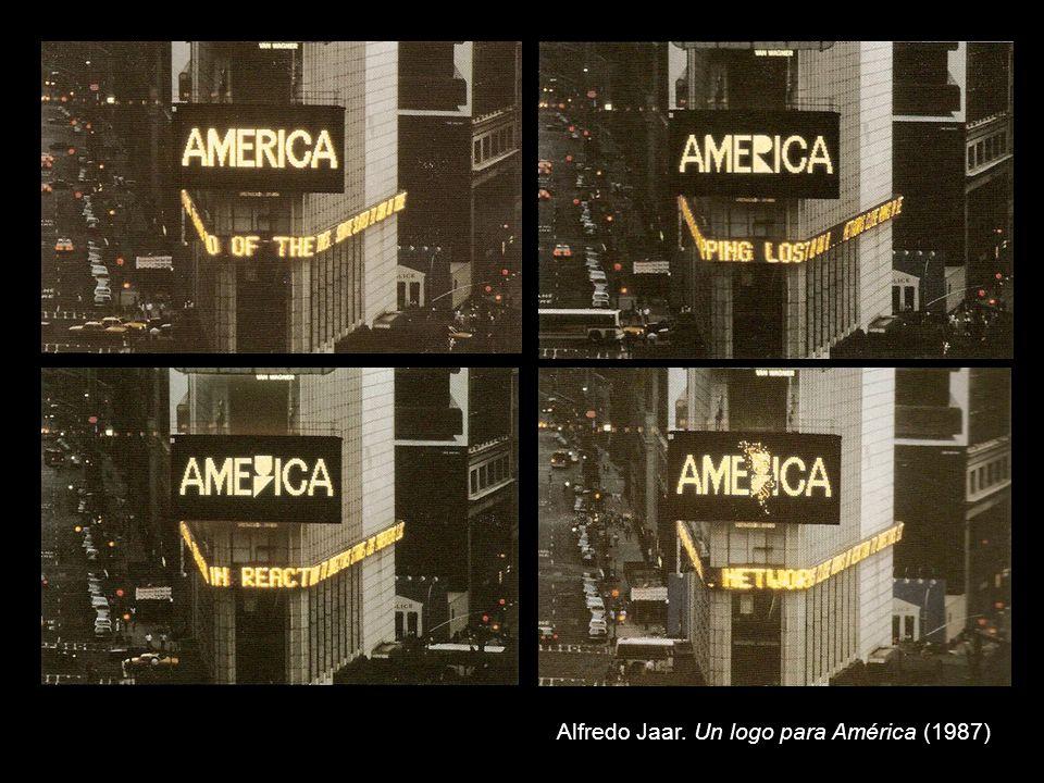 FACULTAD DE BELLAS ARTES – UNLP TEORÍA DE LA PRÁCTICA ARTÍSTICA b) Identidad latinoamericana -La oposición centro-periferia: enunciada desde el discurso del centro (el Primer Mundo), la periferia (elTercer Mundo), ocupa el lugar del otro.