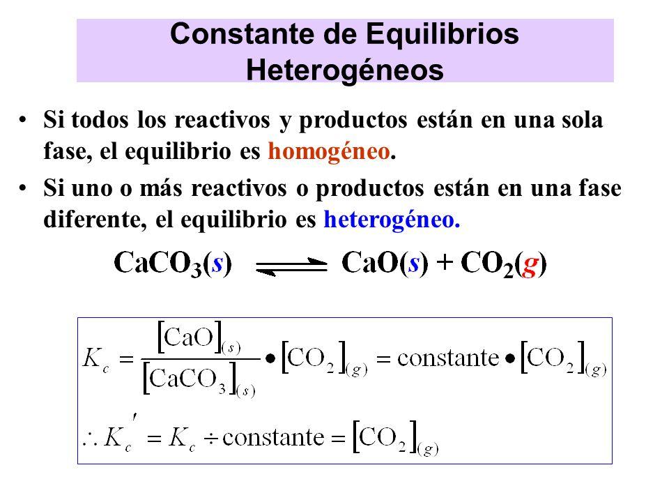 Si todos los reactivos y productos están en una sola fase, el equilibrio es homogéneo. Si uno o más reactivos o productos están en una fase diferente,