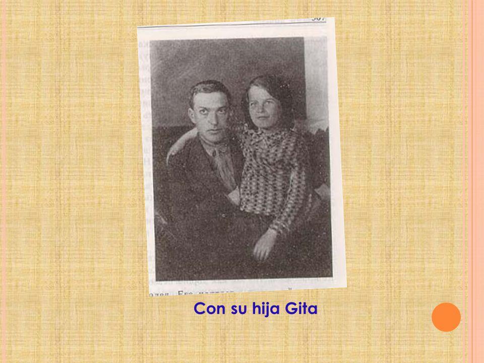 Con su hija Gita