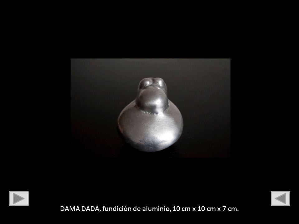 DAMA DADA, fundición de aluminio, 10 cm x 10 cm x 7 cm.