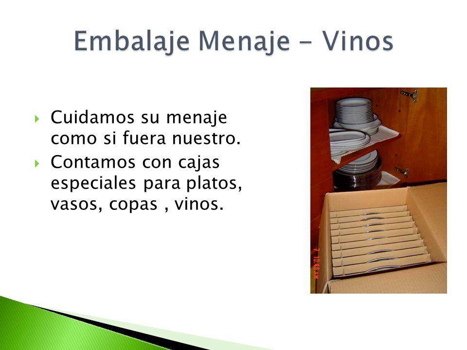 Cuidamos su menaje como si fuera nuestro. Contamos con cajas especiales para platos, vasos, copas, vinos.