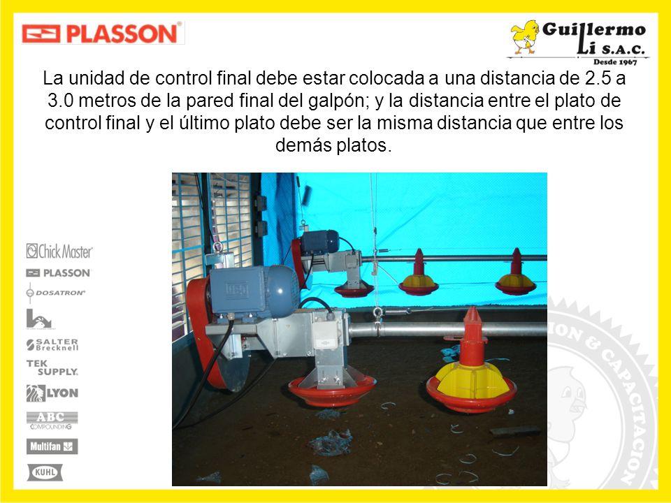 Al accionar el sensor de la primera tolva, el sistema de transporte primeramente tiene que vaciar el alimento existente dentro de la tubería.