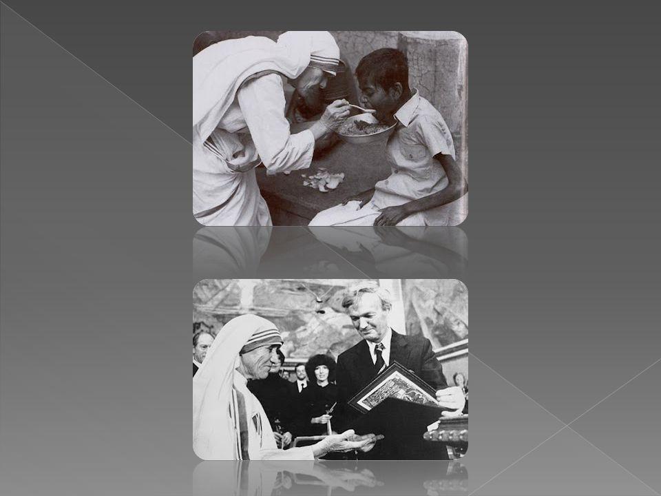 En el año 1931, la Madre Teresa tomó el nombre de Teresa en honor a una monja francesa, Thérèse Martin quien fue canonizada en 1927 con el título de S