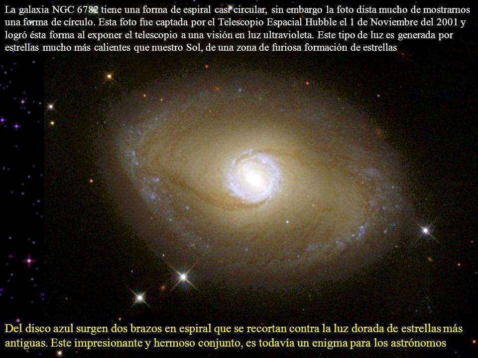 La galaxia NGC 6782 tiene una forma de espiral casi circular, sin embargo la foto dista mucho de mostrarnos una forma de círculo. Esta foto fue captad