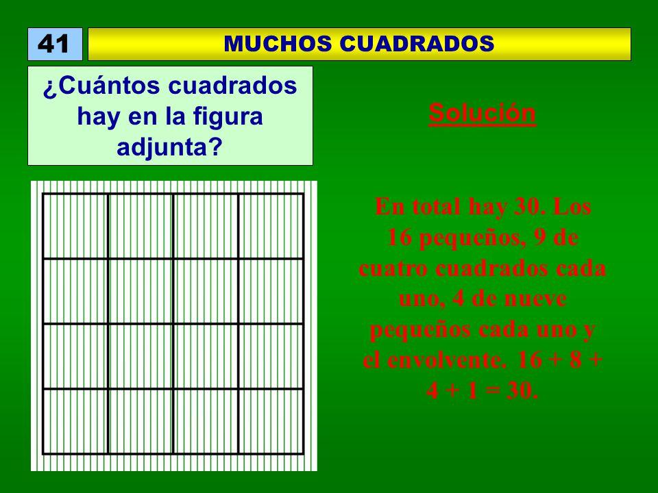 En total hay 30. Los 16 pequeños, 9 de cuatro cuadrados cada uno, 4 de nueve pequeños cada uno y el envolvente. 16 + 8 + 4 + 1 = 30. MUCHOS CUADRADOS