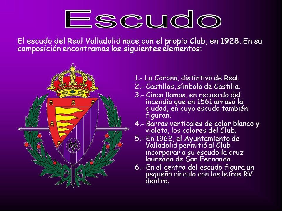 1.- La Corona, distintivo de Real.2.- Castillos, símbolo de Castilla.