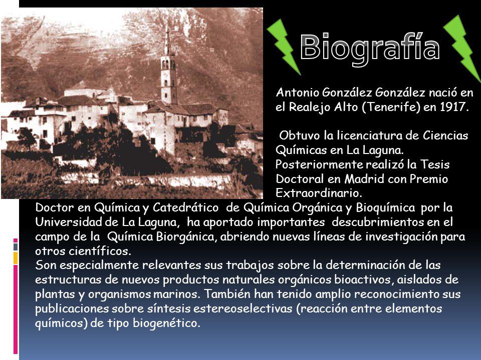 Antonio González González nació en el Realejo Alto (Tenerife) en 1917. Obtuvo la licenciatura de Ciencias Químicas en La Laguna. Posteriormente realiz