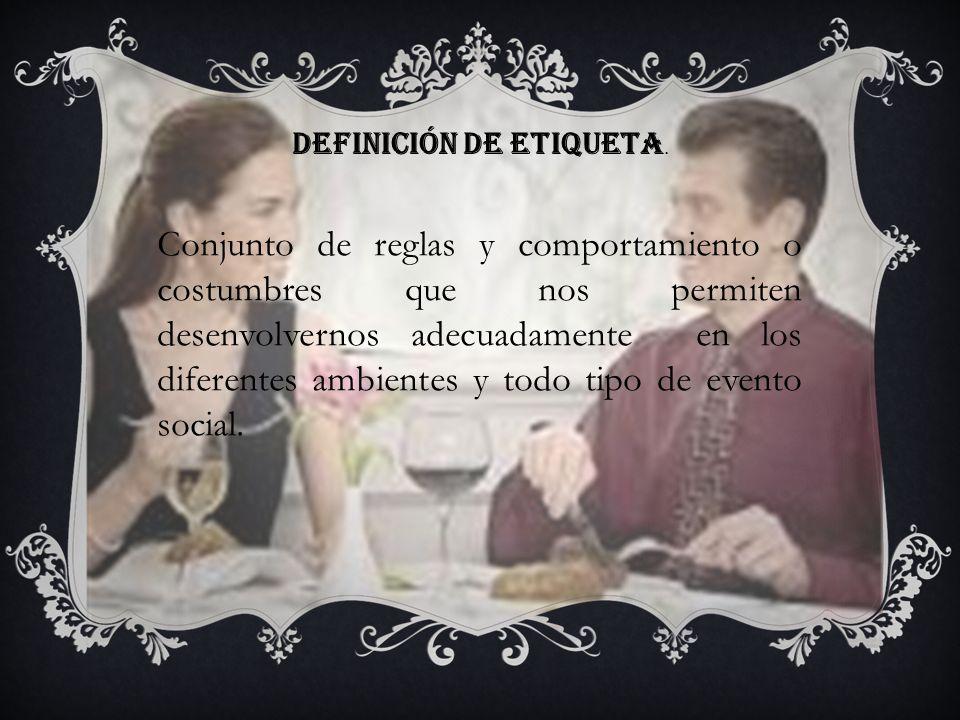 Definición de protocolo Viene del griego PROTOCOLLUM - ORDEN El protocolo es el elemento creado para evitar problemas y resolver divergencias que surgen constantemente del encuentro de las vanidades humanas.