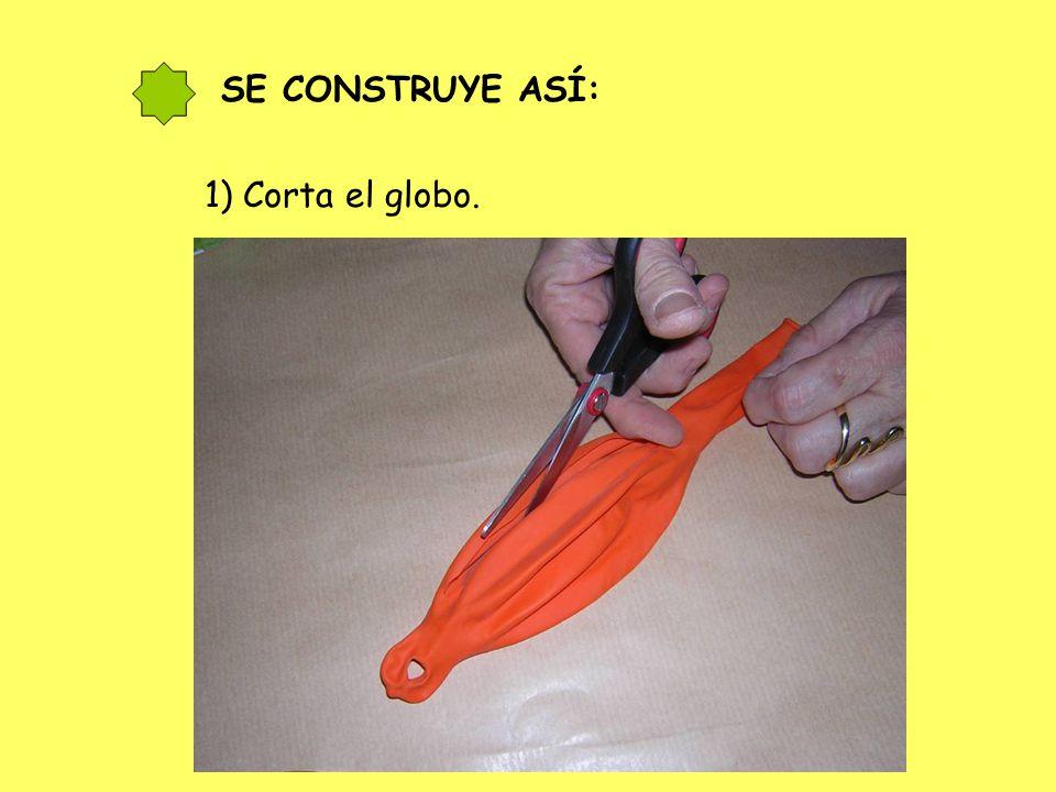 2) Estira el globo y colócalo sobre el bote.
